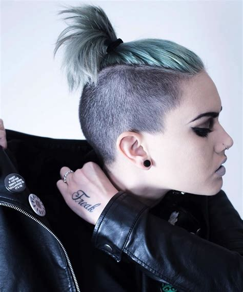 25 Glowing Undercut Short Hairstyles For Women Page 3