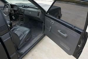 1990 Mazda B2200 Base Standard Cab Pickup 2