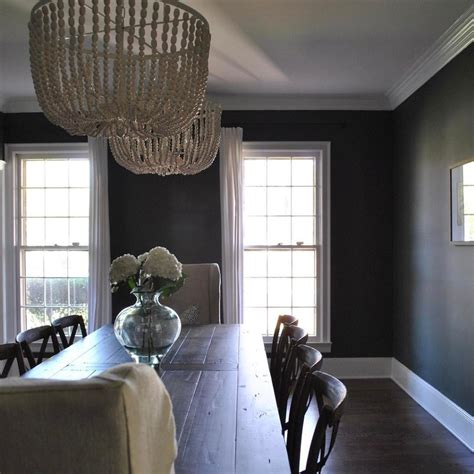 Benjamin Moore Vintage Vogue - Interiors By Color