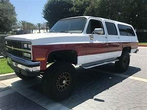 1990 Chevy Suburban Silverado Edition 2500 3  4 4x4  Lifted