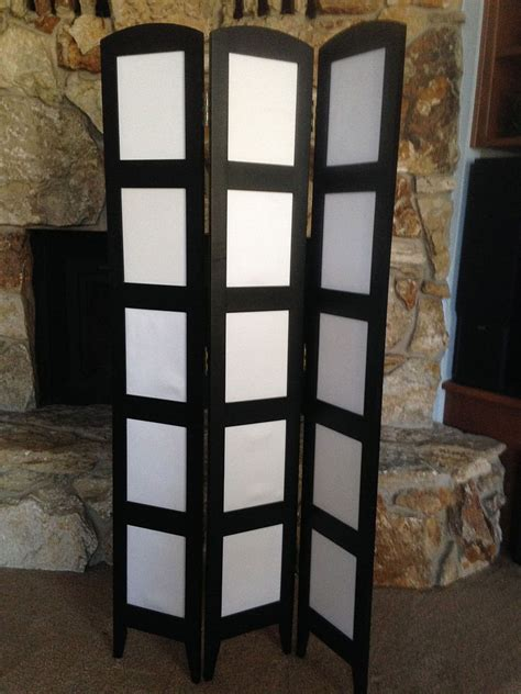 recycled photo room divider  jewelry display hometalk