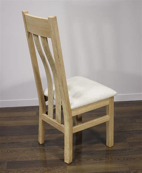 chaise en chêne massif chaise léonor en chêne massif assise tissu finition
