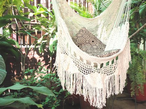 chaise hamac suspendu hammock chair white hammock chair with fringe and