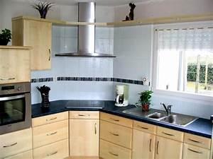 Modele De Cuisine Moderne : modele de cuisine en bois modele meuble cuisine cuisines ~ Melissatoandfro.com Idées de Décoration