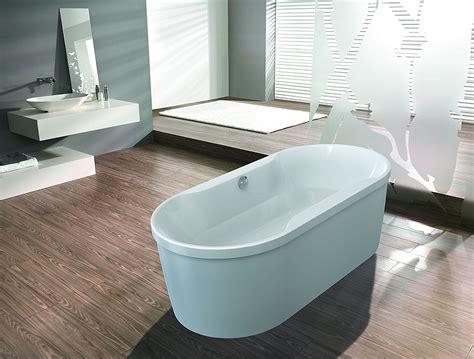 Freistehende Badewanne Die Moderne Badeinrichtungminimalistische Freistehende Badewanne by Hoesch Badewannen Badewanne Spectra