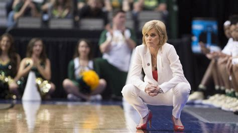 baylors kim mulkey issues tearful apology  choice