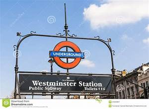 London Underground Sign At Westminster Station Editorial ...