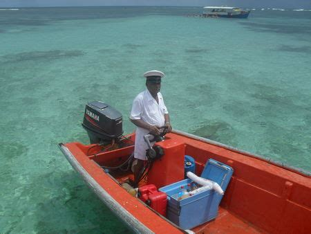 Baignoire De Josephine Mongin by Le Roi Mongin Sun Sea Tongs En Martinique