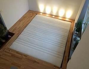 Wie Groß Ist Ein Queensize Bett : die besten 25 podestbett ideen auf pinterest ikea plattform bett ideen podestbett und ~ Bigdaddyawards.com Haus und Dekorationen