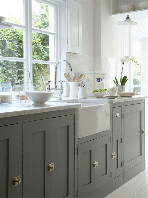 howdens cuisine kitchen series painting cabinets