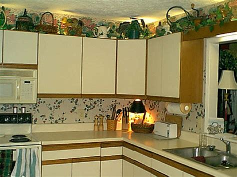 How To Decorate Above Kitchen Cupboards by How To Decorate Kitchen Ideas For Decorating Wooden