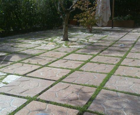 mattoni in cemento per giardino ricci manufatti creazioni in cemento
