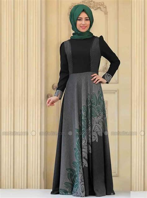 modele tres elegant de robe vert pour femme voilee style