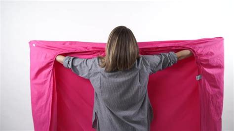 fold  fitted sheet video hgtv