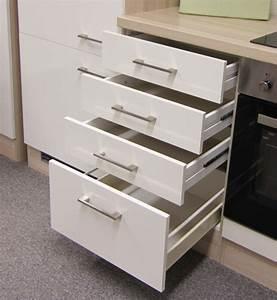 Kuchen unterschrank florenz 1 auszug 3 schubladen 50 for Schubladen küche