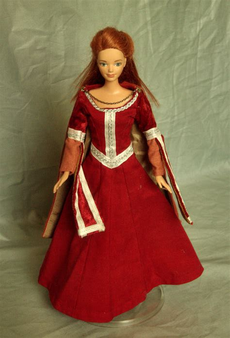 chronicles  narnia susan lucy barbie costumes sewing