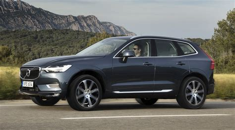 drive review  volvo xc suv steers