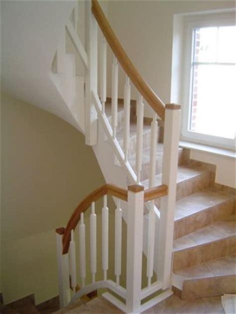 Treppengeländer Weiß Holz by Handlauf Holz Wei 223 Br 252 Stungsh 246 He Fenster K 252 Che