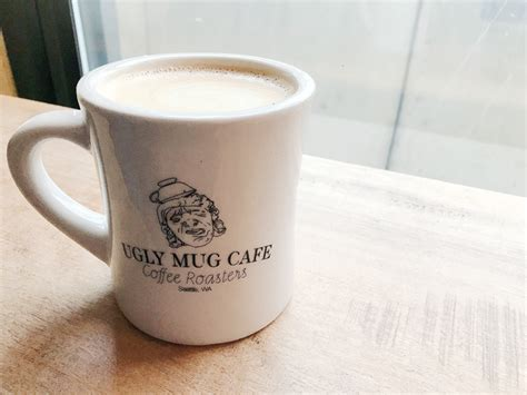 On the street of poplar avenue and street number is 4610. シアトル留学生カフェ探訪 第47回 『Ugly Mug Cafe & Coffee Roasters』   シアトル最大の日本語情報サイト Junglecity.com