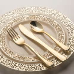 plastic plates for wedding 17 best ideas about disposable plates on plates happy 2nd birthday and happy