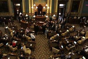 Newly elected Michigan Legislature starts 2-year session