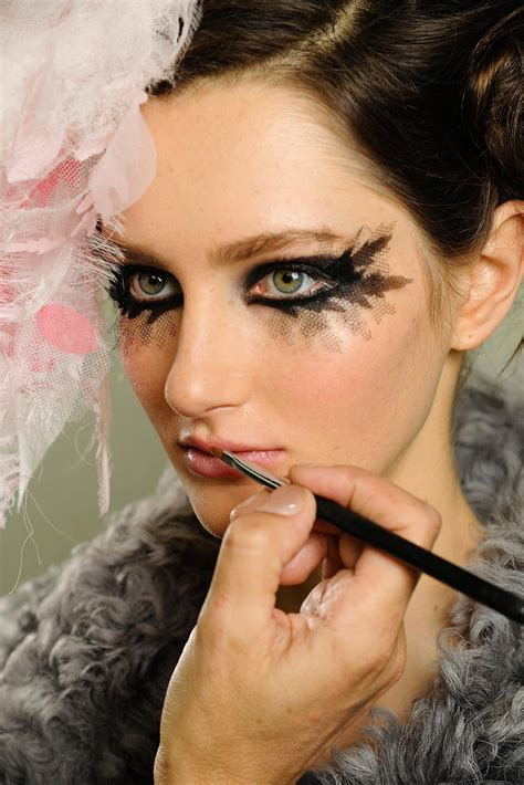 runway beauty gothic smudgy eye  chanel spring  couture makeup  life