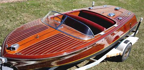 Classic Wooden Speed Boats For Sale by 63 Classic Fiberglass Speed Boats Finned Boats
