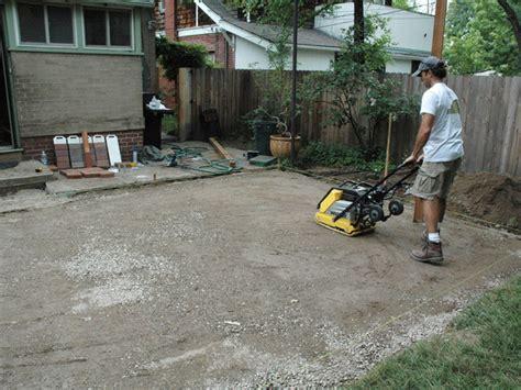 how to lay a brick paver patio how tos diy