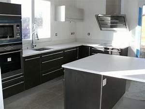 Decoupe Plan De Travail Pour Evier : quelques exemples de plan de travail de cuisine en quartz ~ Premium-room.com Idées de Décoration