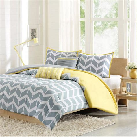 Yellow Bedroom Design Ideas by 40 Stunning Grey Bedroom Furniture Ideas Designs And