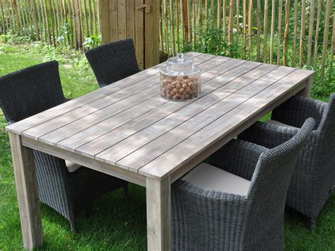 table de jardin en bois salon de jardin en bois quot cosmos quot 1 table 4 fauteuils 55714