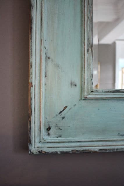 How to distress a mirror using Chalk Paint. This is a