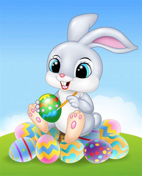 Dibujos animados de conejito de pascua pintando un huevo