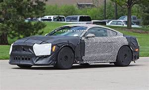 Ford Mustang Cobra : 2018 ford mustang gt500 may get 680 hp supercharged v8 carscoops ~ Medecine-chirurgie-esthetiques.com Avis de Voitures
