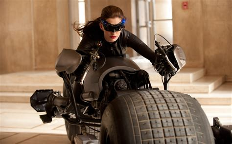 anne hathaway  catwoman wallpapers hd wallpapers id