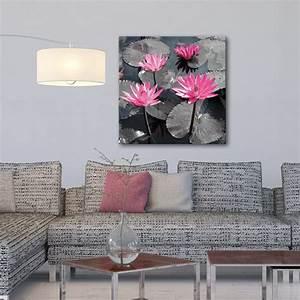 Tableau Rose Et Gris : ambiance zen avec ce tableau moderne et pur dans les tons gris et rose l 39 eau et les fleurs de ~ Teatrodelosmanantiales.com Idées de Décoration
