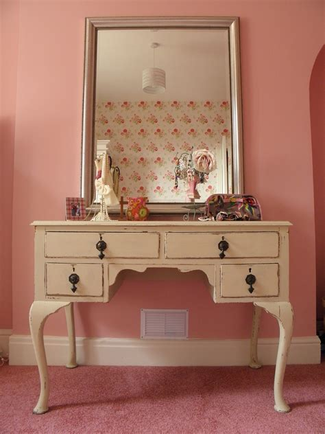rectangle white wooden makeup table with drawers and