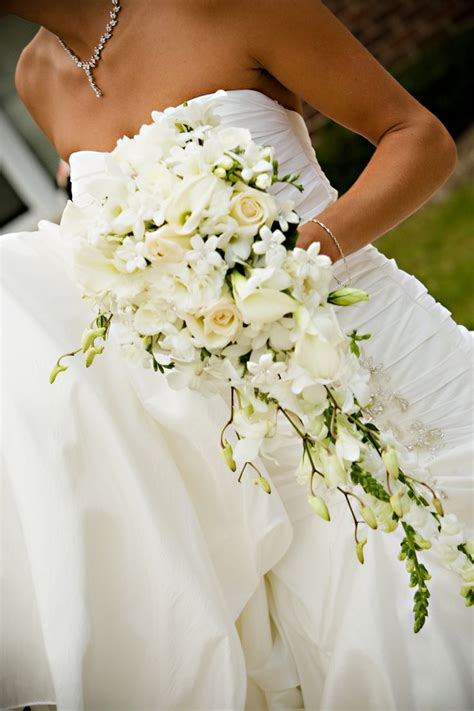 Cascading Style Bouquet With Calla Lilies Dendrobium