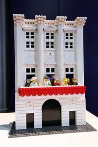 Lego Brick City Buckingham Palace BoxMash