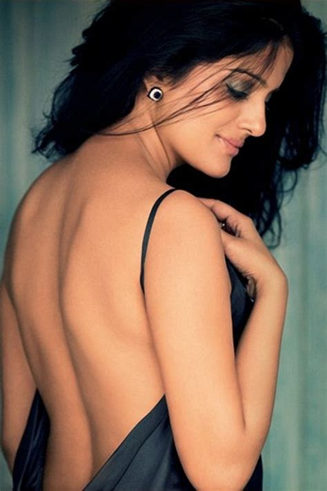 Vishakha Singh Hot Unseen Photo 20 Pics Of Fukrey