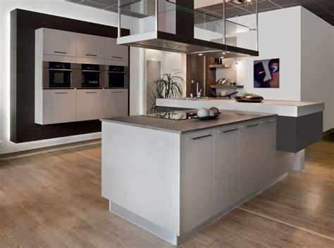 cuisine avec ilot awesome cuisine plan de travail bois photos