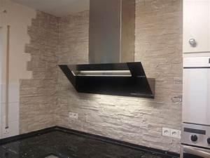 Farbgestaltung Küche Wand : steinw nde als wandgestaltung im sportgesch ft ~ Sanjose-hotels-ca.com Haus und Dekorationen