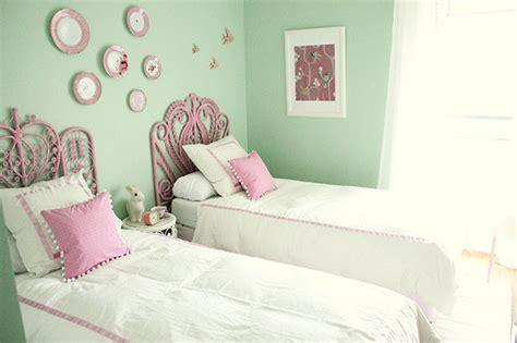 Girls Bedroom Makeover Reveal