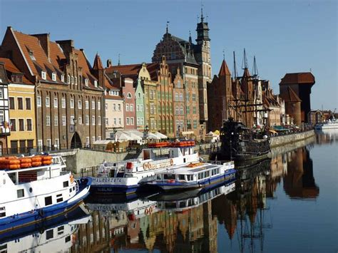 Gdansk, city, capital of pomorskie province, northern poland, at the mouth of the vistula river on the baltic sea. Volunteer in Gdansk Poland - Drifter's Guide to the Planet