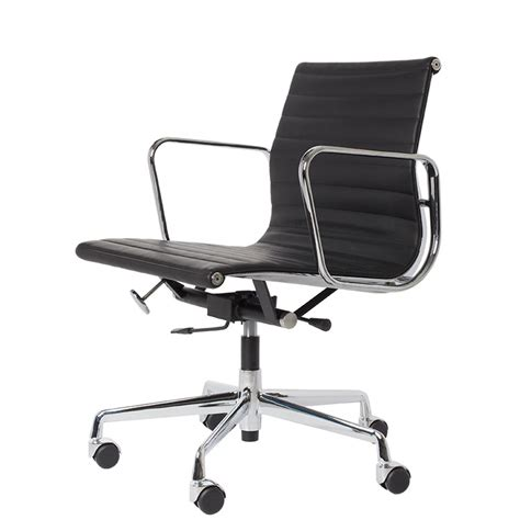 Charles Eames office chair. EA117. Design office chair.