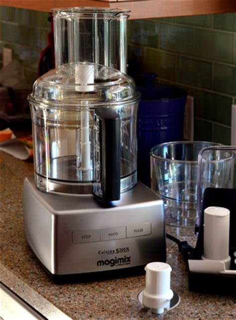 cuisine chauffant magimix magimix by coupe food processor reviewed baking bites