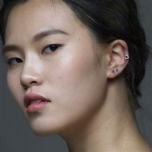 Prix D Un Piercing Au Nez : porter un piercing au travail piercing labret piercing tragus piercing du nez entre ~ Medecine-chirurgie-esthetiques.com Avis de Voitures