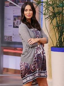 Pregnant Megan Fox Shows Off Her Growing Baby Bump – Moms ...