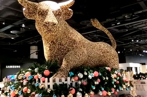 what are the christmas opening times for selfridges birmingham birmingham mail