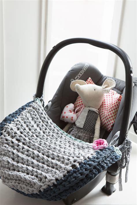 haken voor babykamer haken voor de babykamer met zpagetti vloerkleedje